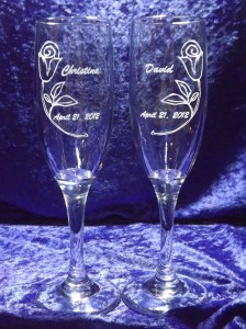 engraved-champagne-glasses